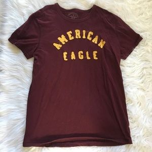 American Eagle Outfitters Medium T-Shirt